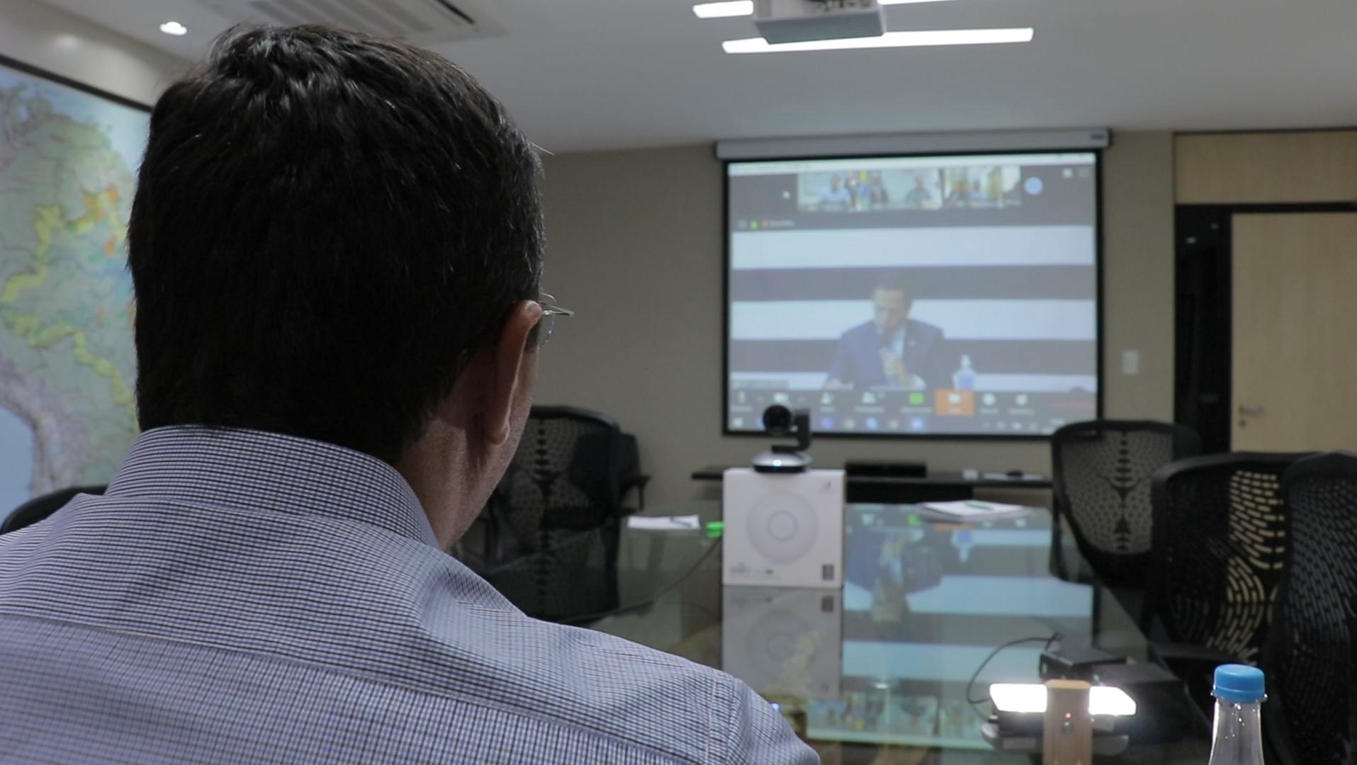Wilson pede cooperação pela economia em reunião de governadores