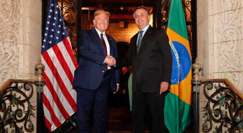 Falas de Bolsonaro sobre coronavírus são parecidas com as de Trump