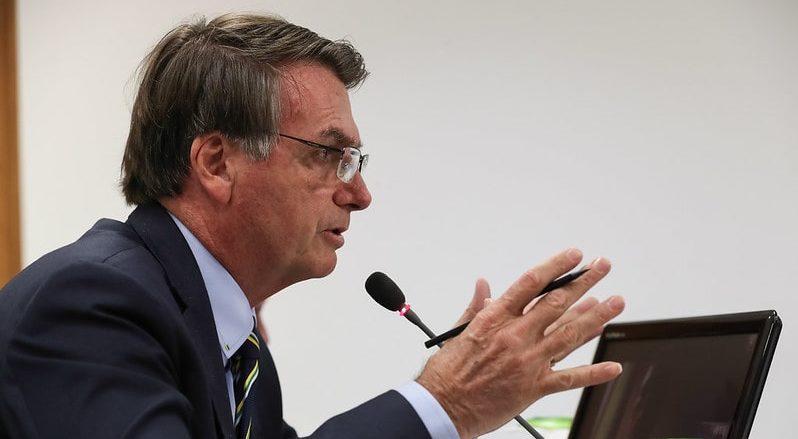 """""""Não estou preocupado com a minha popularidade"""", rebate Bolsonaro"""