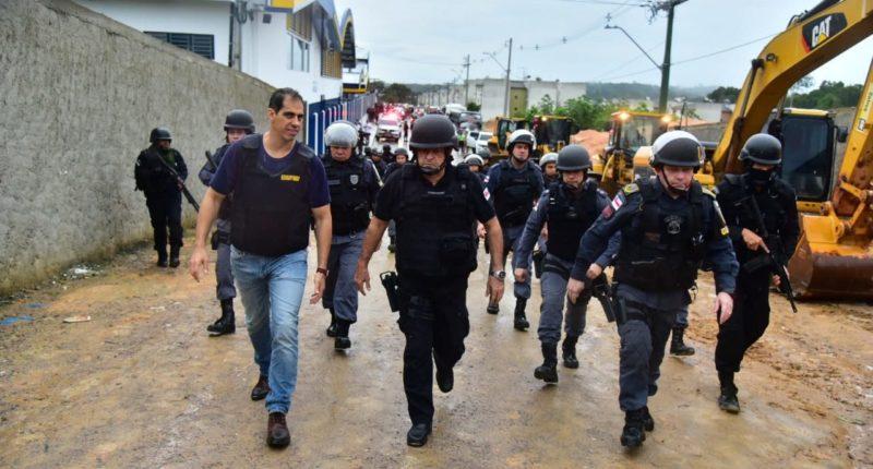 Forças de segurança só deixam terreno com Monte Horebe desocupada 100%
