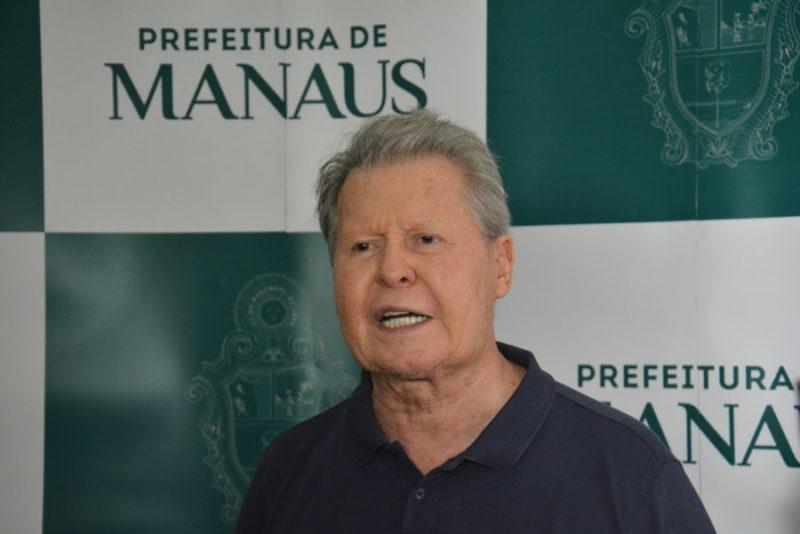 Arthur Neto convoca profissionais da área de saúde