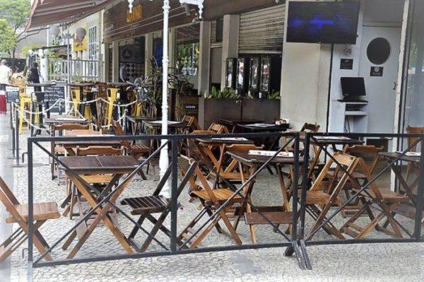 Bares e restaurantes cobram socorro prometido por Bolsonaro