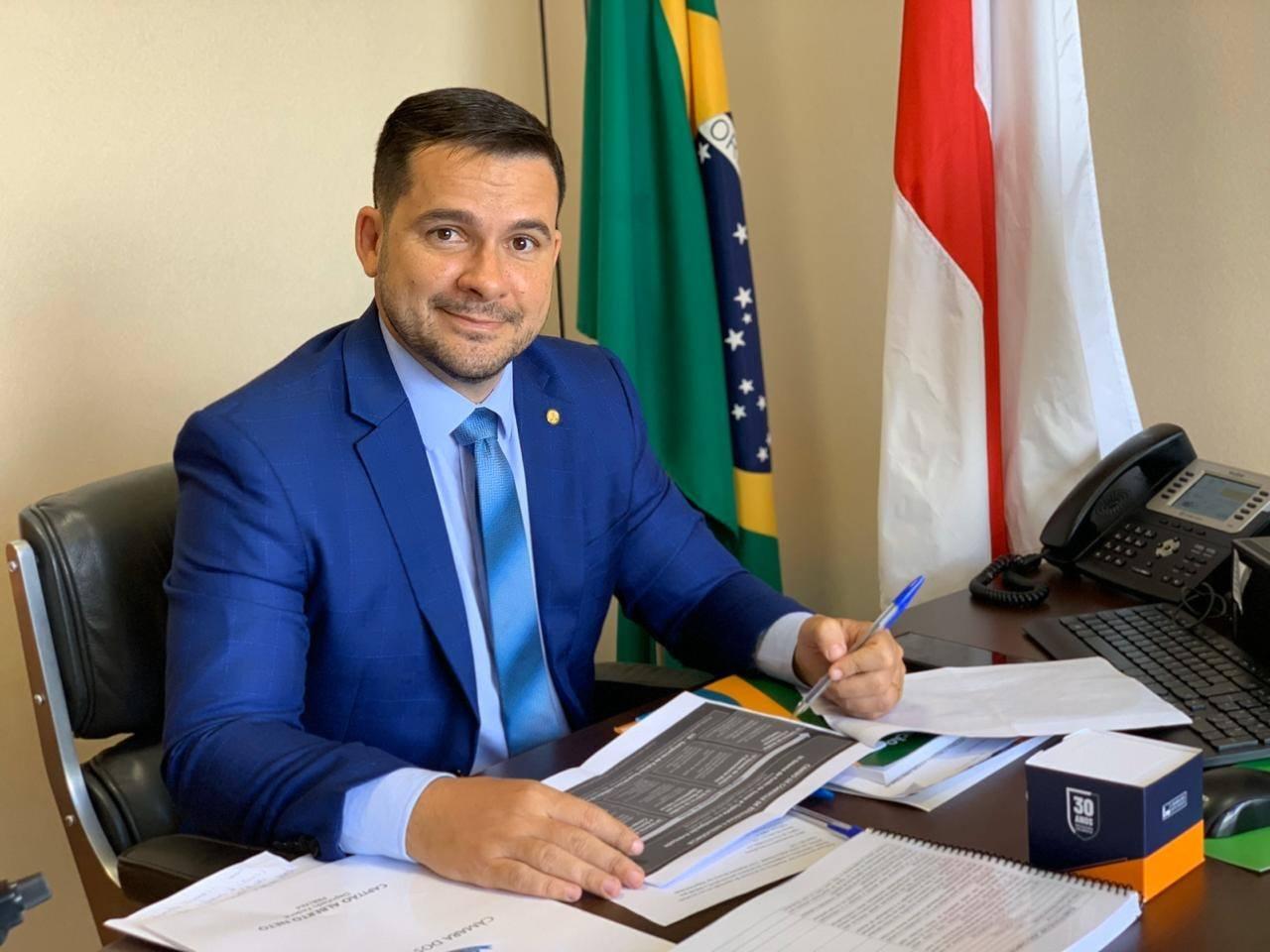 Alberto Neto toma café com Bolsonaro nesta quarta-feira