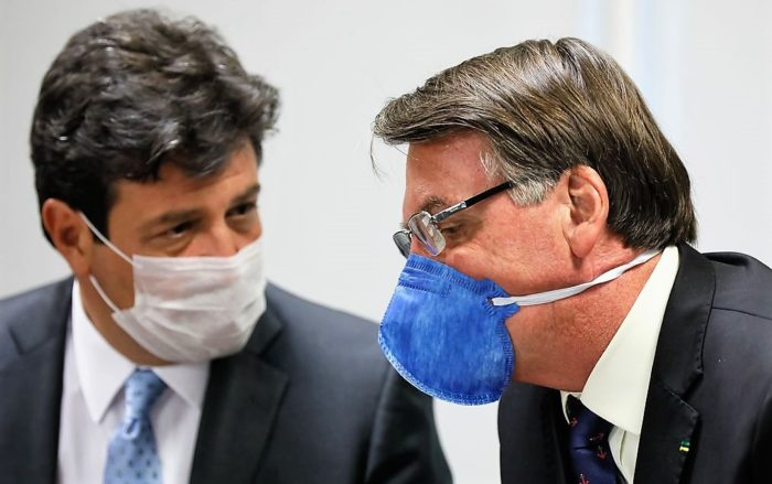 """""""Saio daqui na hora que Bolsonaro achar que não devo trabalhar"""""""