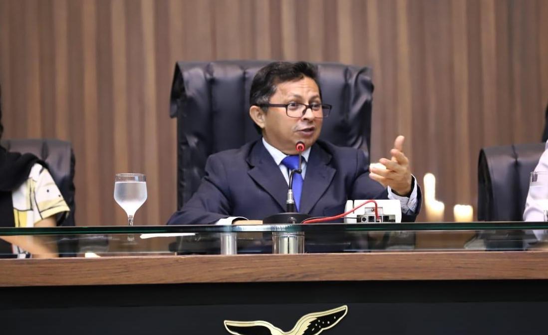 PT-Manaus decide que Sinésio Campos será seu candidato a prefeito