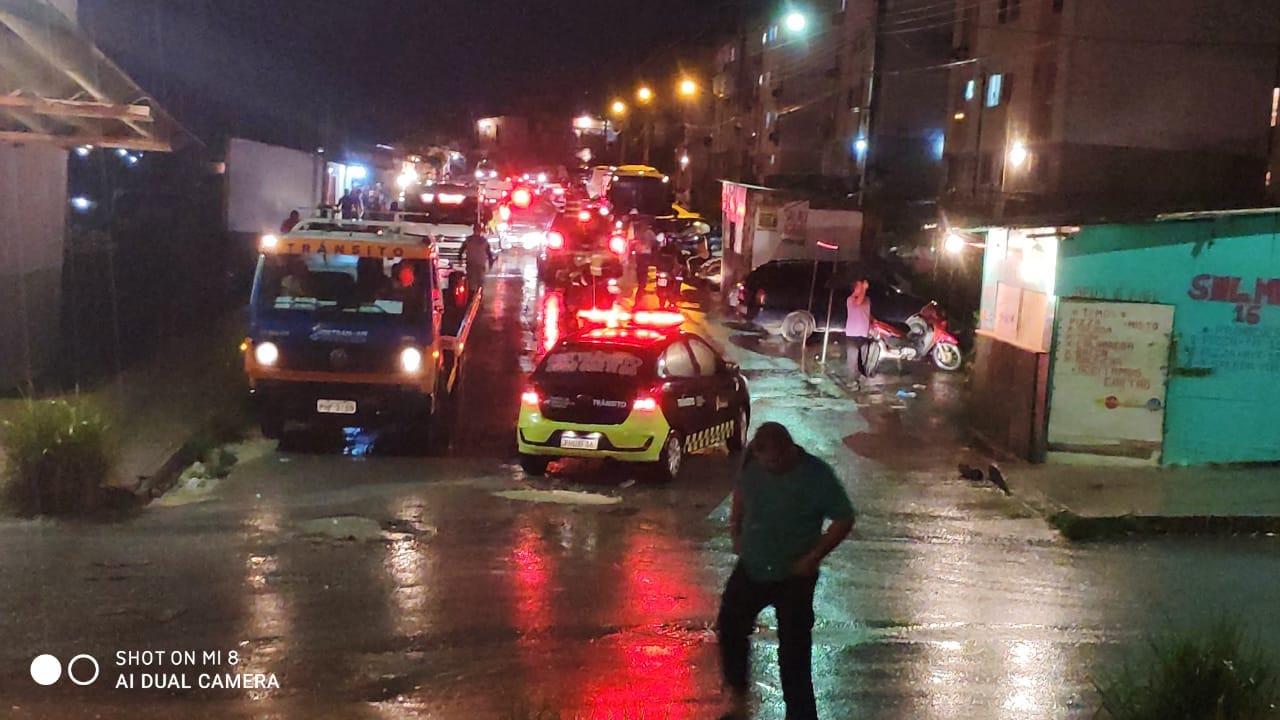 Monte Horebe: Entrada de ônibus para o Viver Melhor está bloqueada