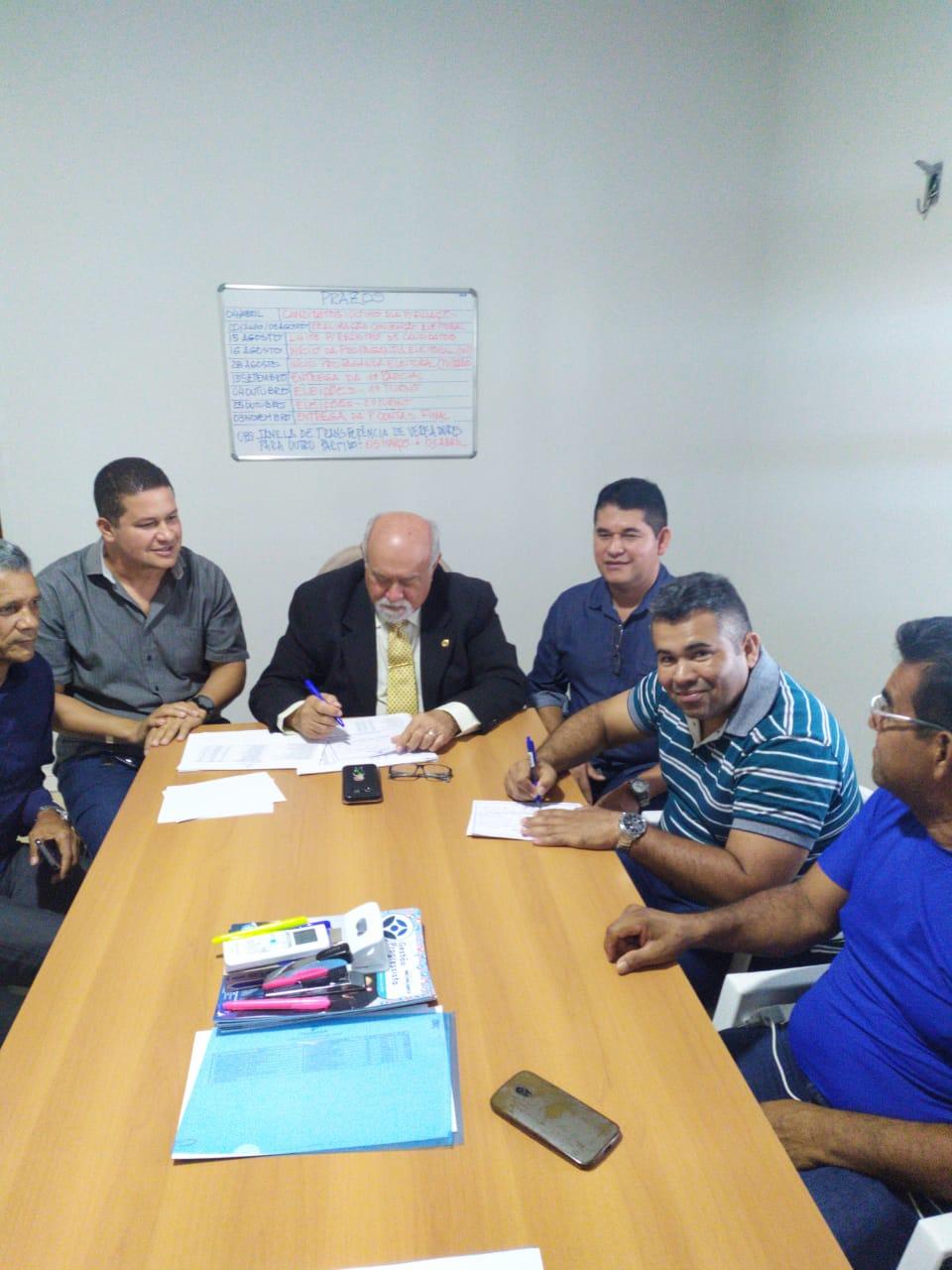 Irmãos Lins levam o Progressistas para 61 municípios