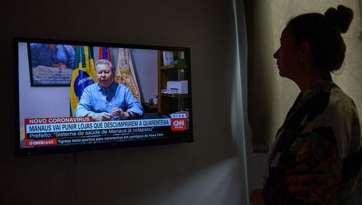 Na CNN, Arthur diz que sistema de saúde em Manaus já colapsou