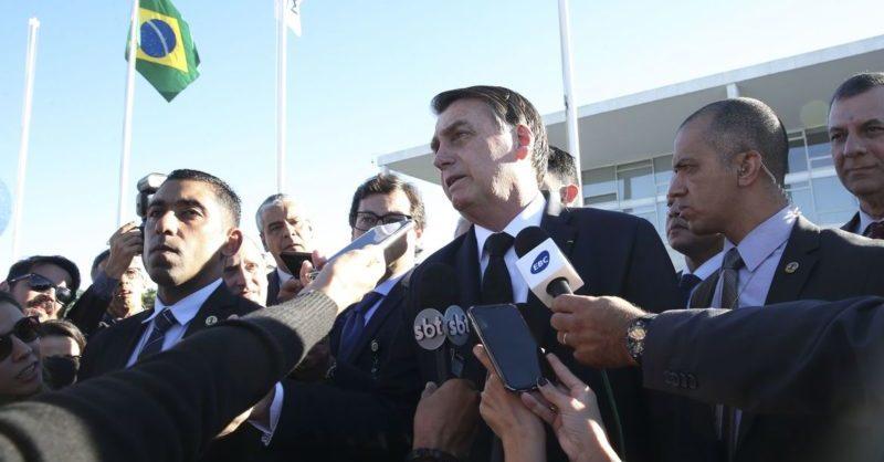 """""""Não dá pra continuar"""", diz Bolsonaro sobre auxílio emergencial"""
