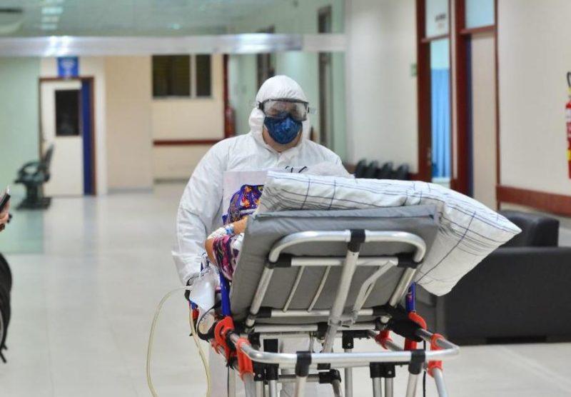 Brasil bate recorde mundial de mortes por coronavírus em 24 horas
