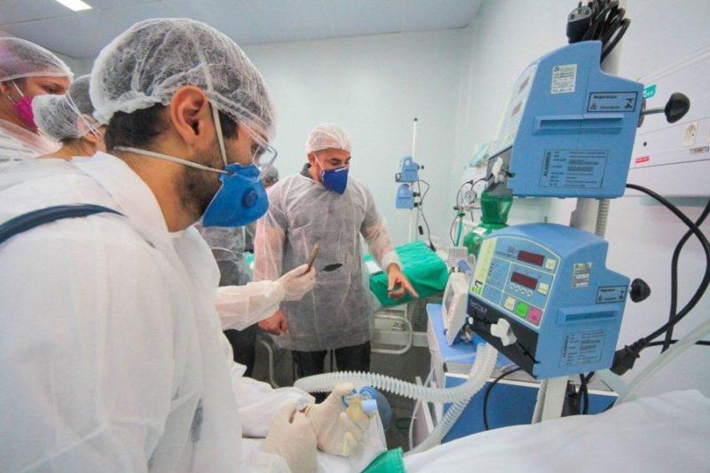 Operação contra fraude de respiradores no RJ apreende R$ 8,5 milhões