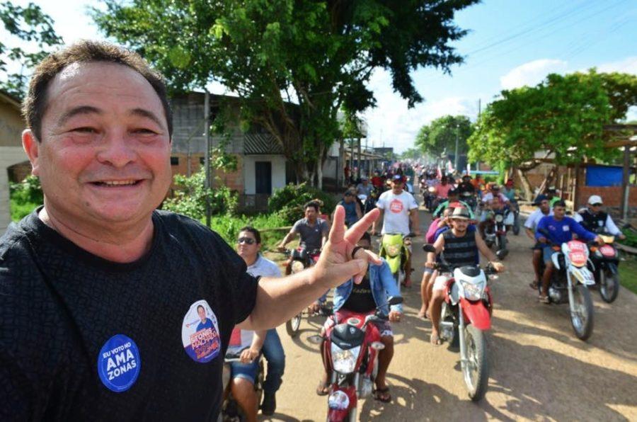Após 40 anos, Stones Machado pede para sair do PDT