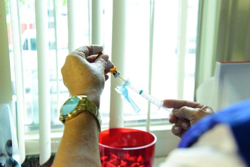 Anvisa libera testes de vacina chinesa contra coronavírus em três estados