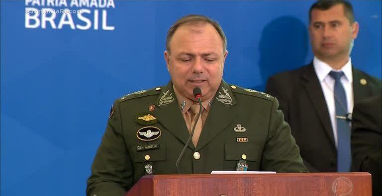 General Pazuello assume interinamente o Ministério da Saúde