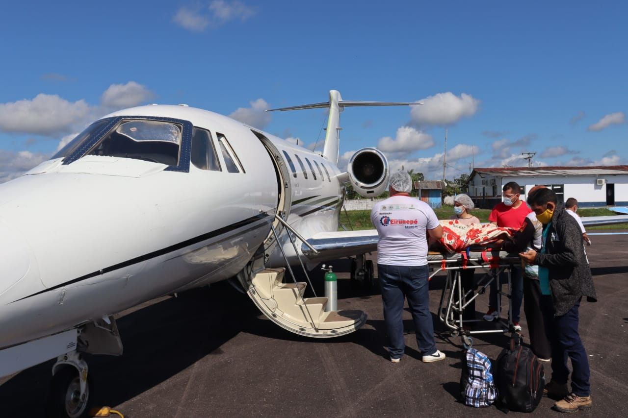 UTI aérea remove para Manaus morador de Eirunepé vítima de acidente