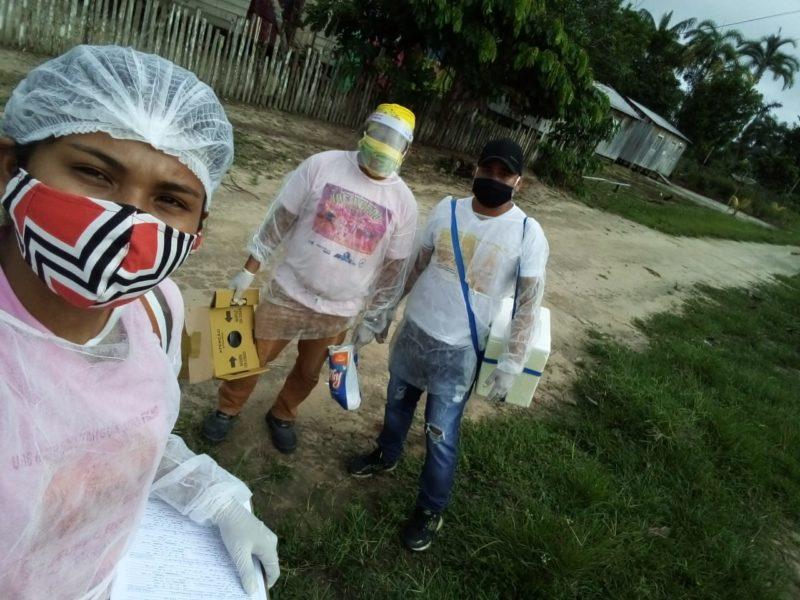 Curada do coronavírus, indígena kokama combate doença em sua aldeia