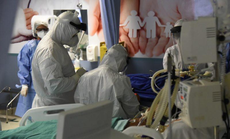 Coronavírus tem 1.256 novos casos no AM, maior número em dois meses