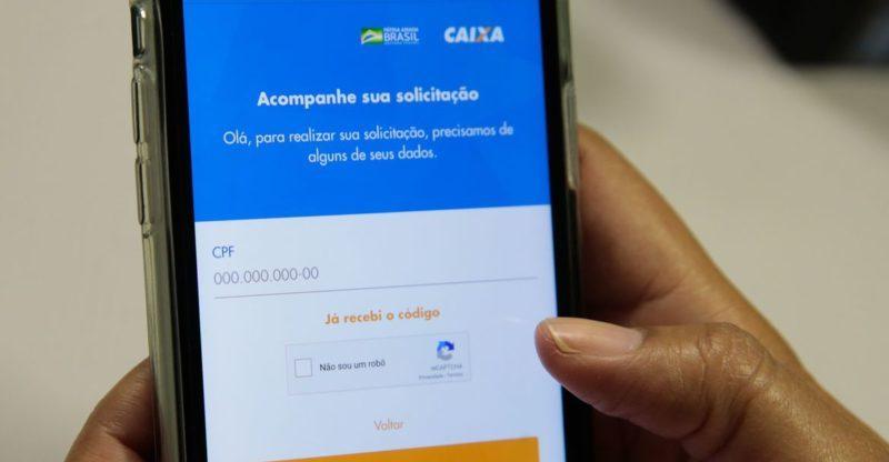 Caixa anuncia calendário do 3º lote do auxílio emergencial