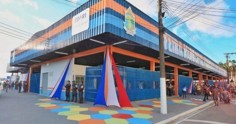 Prefeito de Coari, Adail Filho, reinaugura Feira do Produtor Rural