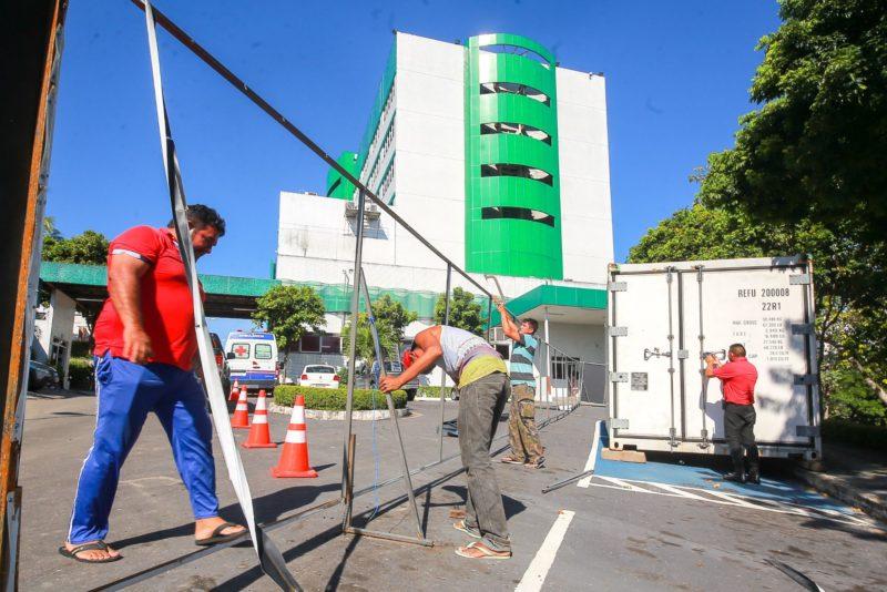Contêineres-frigoríficos começam a ser retirados de hospitais pela Susam