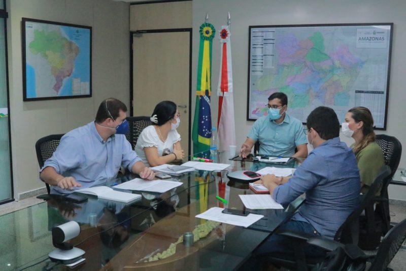 Wilson anuncia R$ 29 milhões para pagar empresas médicas