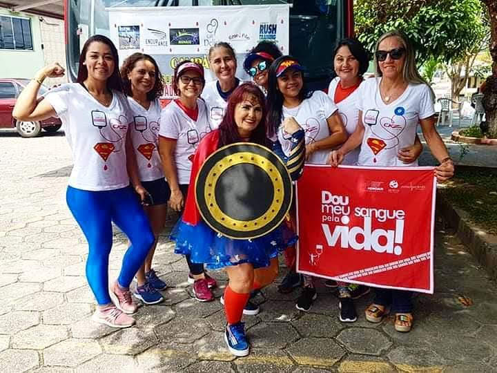 """Em parceria com Atem, """"Super Doadoras"""" fazem campanha no Junho Vermelho"""
