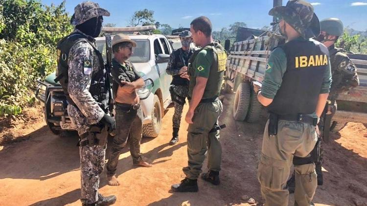 Militares atrapalham atuação do Ibama contra o desmatamento, acusam fiscais
