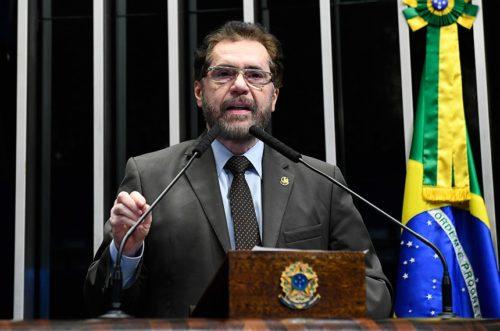 Plínio Valério rechaça ideia do governo Bolsonaro de taxar empresas da ZFM