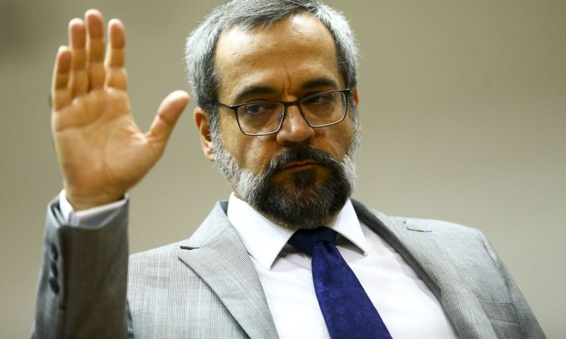 Weintraub não deve passar desta quinta como ministro de Bolsonaro
