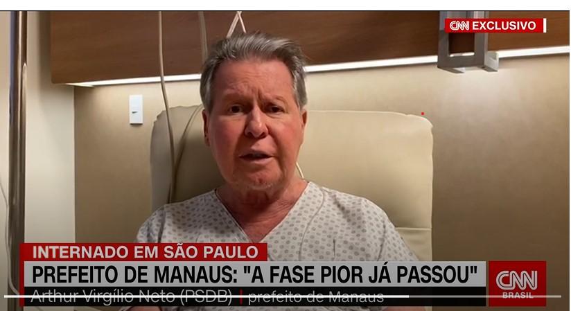 """Prefeito de Manaus, internado há 13 dias, diz que """"pior já passou"""""""
