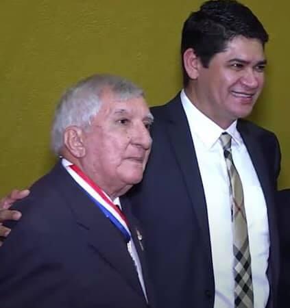 Bi Garcia emite pesar por falecimento de ex-prefeito de Parintins