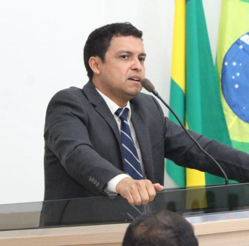 Justiça obriga prefeito de Nova Olinda a divulgar nomes de servidores