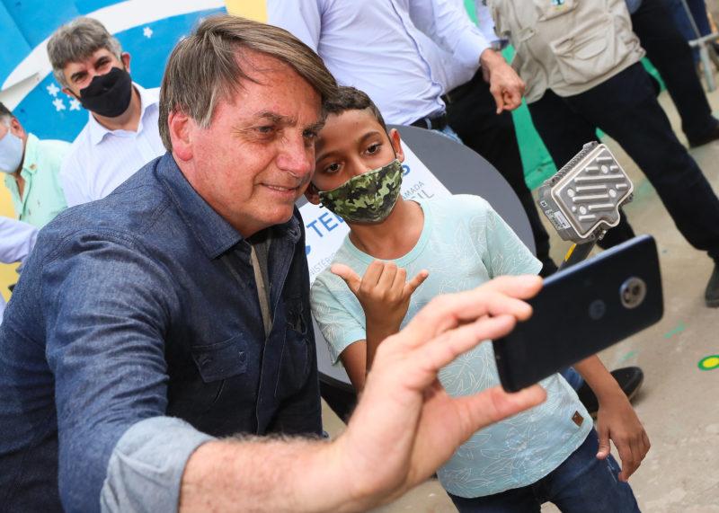 """Bolsonaro recua de fala e diz: """"Imagine se fosse o Haddad no meu lugar"""""""