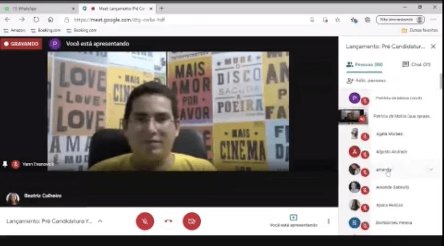 Milícia ataca evento de pré-candidato em Manaus com vídeo pornográfico