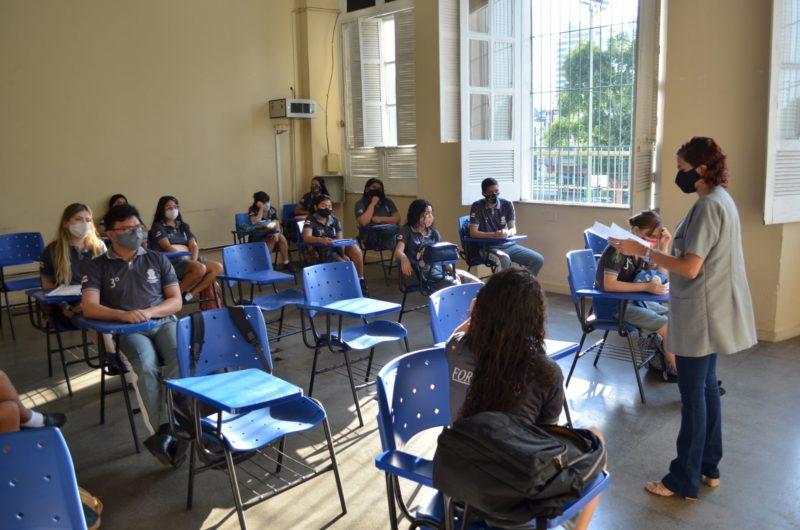 José Ricardo pede a suspensão imediata das aulas presenciais no Amazonas