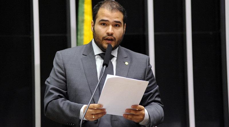 Câmara aprova MP que amplia uso de assinatura eletrônica