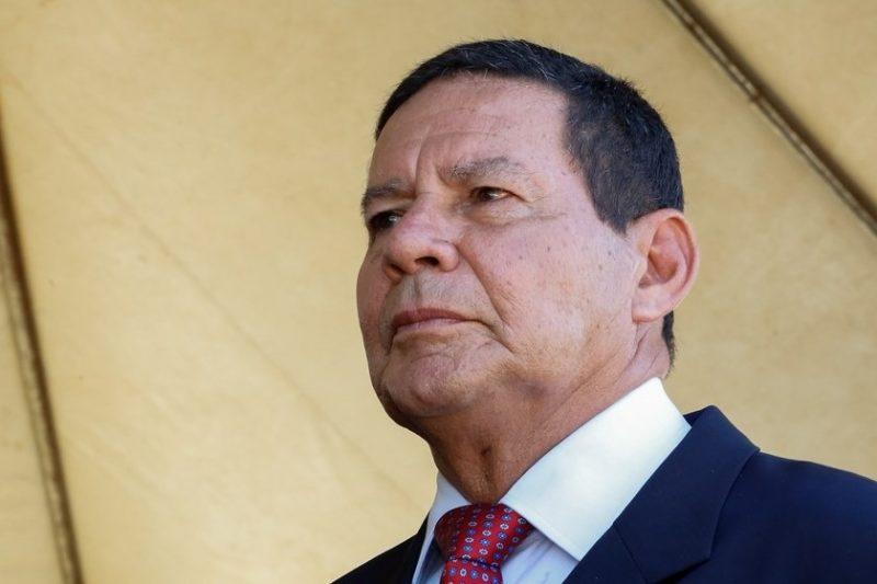 Mourão diz que opositor no Inpe divulga dados negativos das queimadas