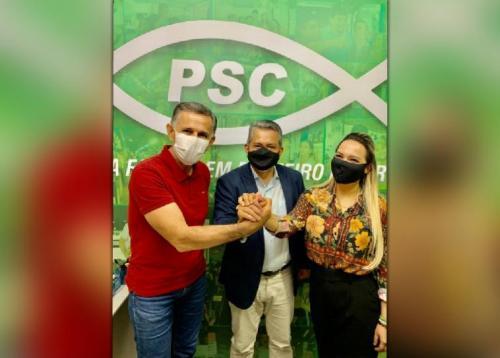 Nega, do PSC, desiste da disputa e vai ser vice de Manso em Parintins