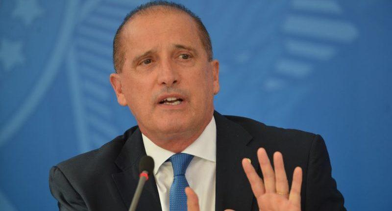 Ministro de Bolsonaro faz acordo com PGR para abafar caixa 2