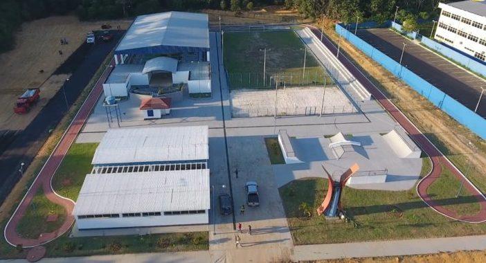 Romeiro realiza maratona de inaugurações em Presidente Figueiredo