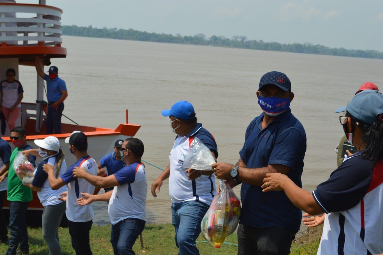 Administração de Adail Filho entrega 5 mil kits de merenda em Coari