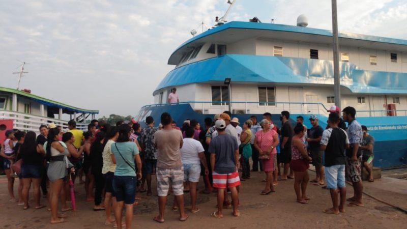 Deputado denuncia problemas no atendimento de agência-barco em Beruri