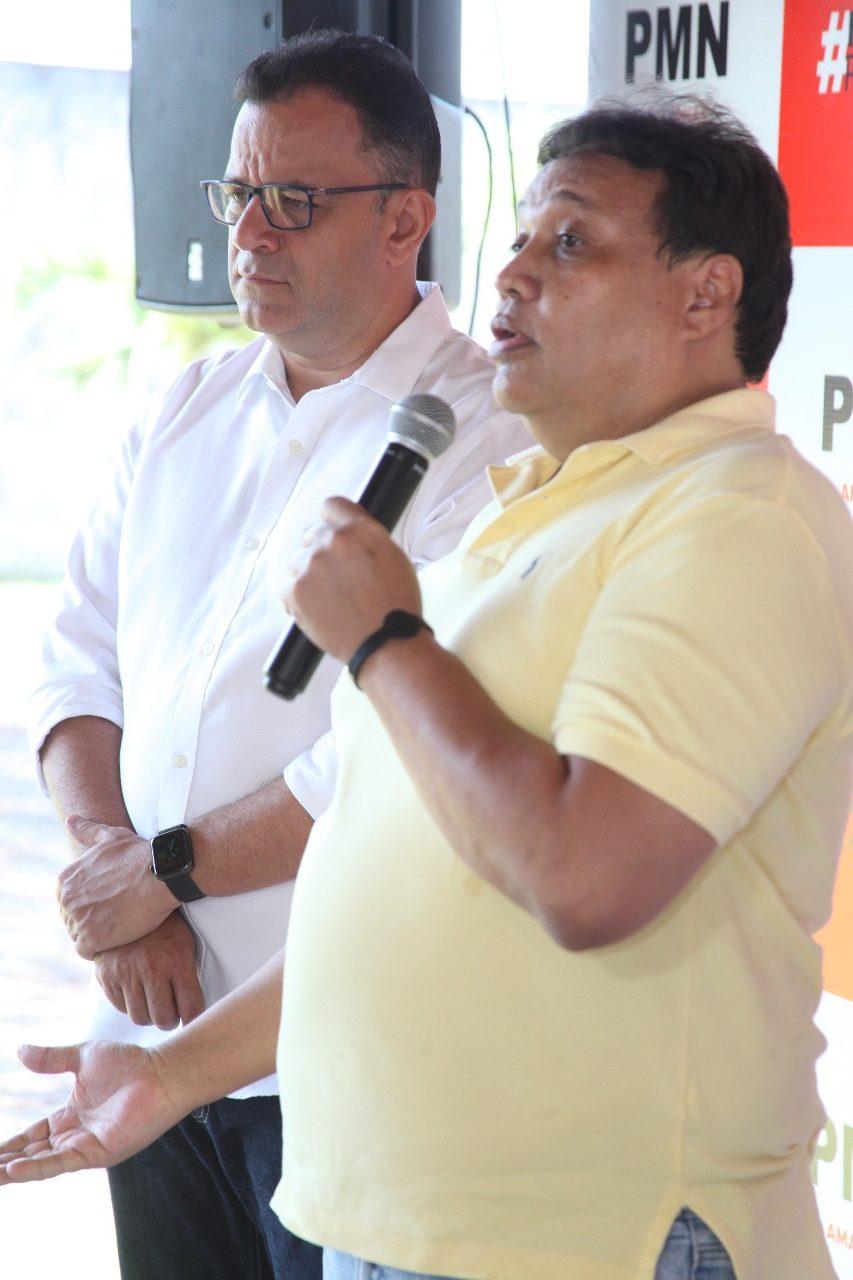 Leonel Feitoza volta ao cenário político mirando cadeira de Chico Doido