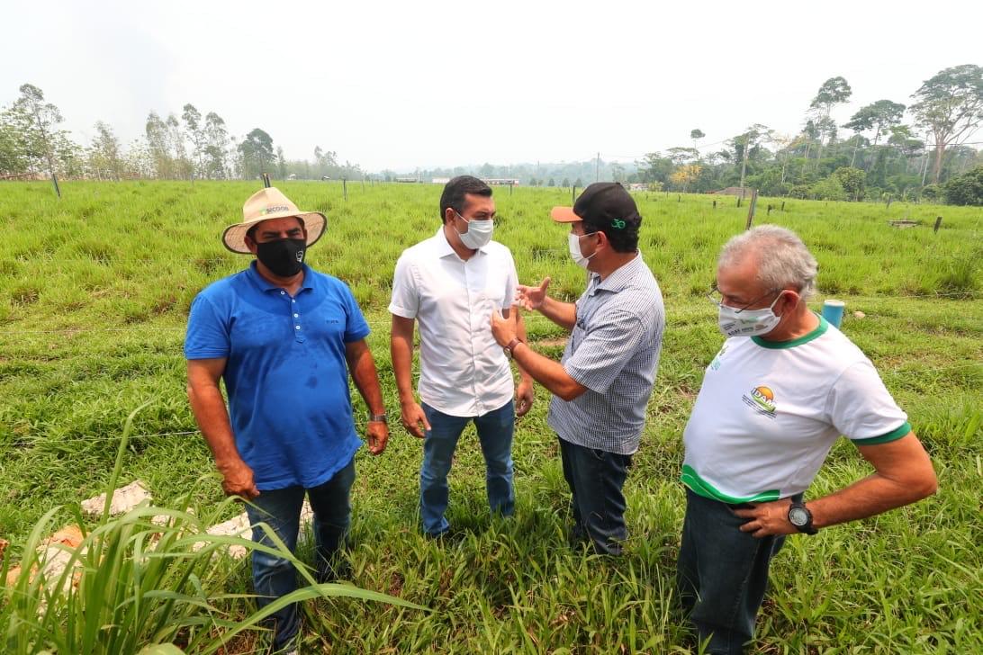 Wilson reforça  'Amazonas Mais Verde' e entrega implementos em Matupi