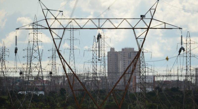 MP do setor elétrico promete reduzir tarifa no Amazonas até 2025