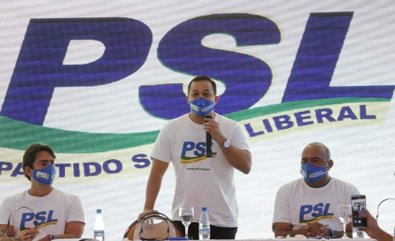 Nota oficial do PSL cita apoio a Amazonino Mendes ou a Ricardo Nicolau
