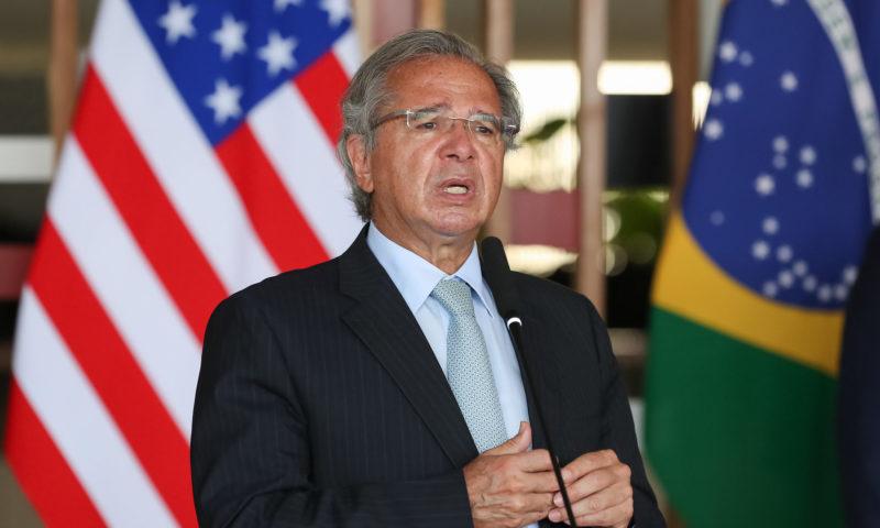 PDT pede à Justiça investigação das offshores de ministros de Bolsonaro