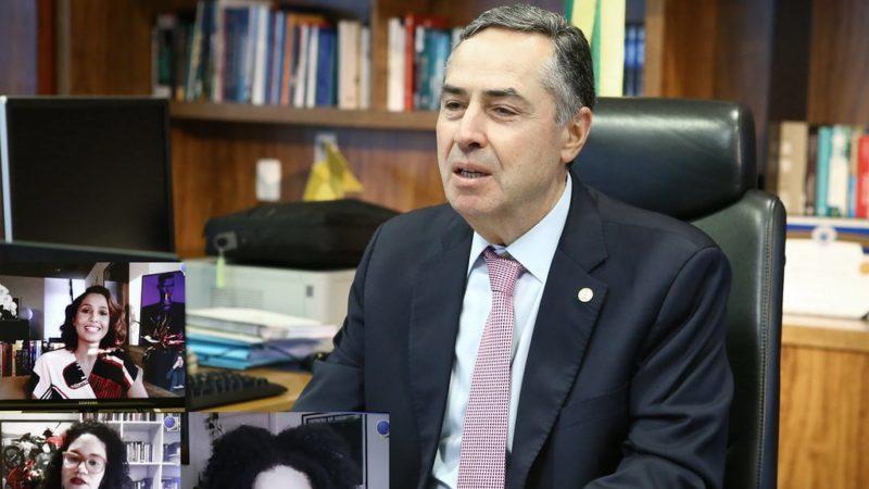 Presidente do TSE diz que campanha eleitoral tem baixa difusão de fake news