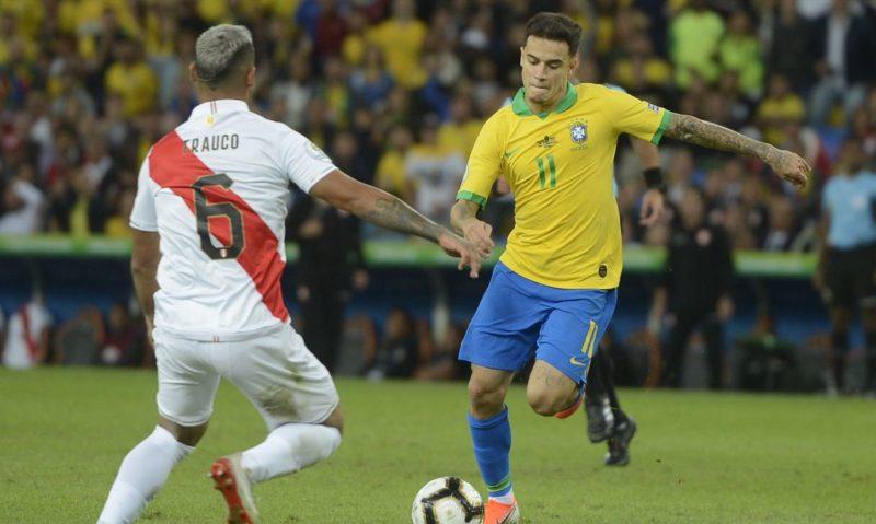Saudação a Bolsonaro pela TV Brasil pode gerar crime de improbidade