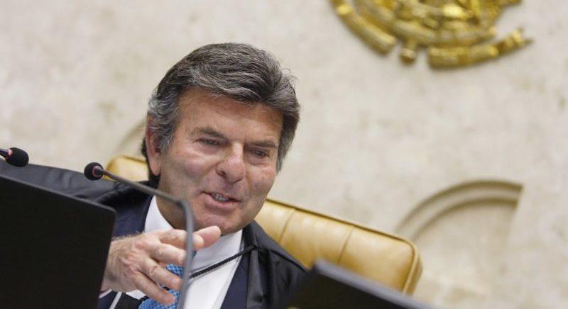 Fux age contra tática de advogados para escolher relator no STF